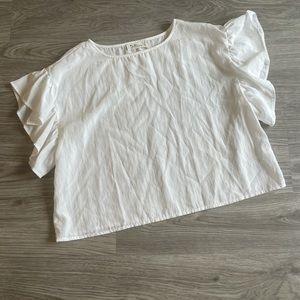 Boutique white ruffle sleeve blouse